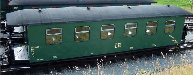 Personenwagen 970-576 2.Klasse der DR, Spur H0e