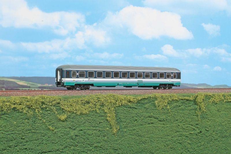 Personenwagen 2. Klasse UIC-X 2000R der FS, Ep.VI, H0
