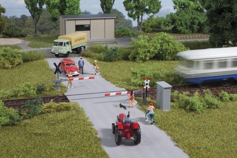 Bahnübergang -  Halbschranke, Bausatz, Spur H0