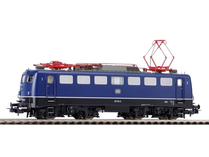 E-Lok BR 110 DB, verschiedene Stirnfronten, AC-Version, H0