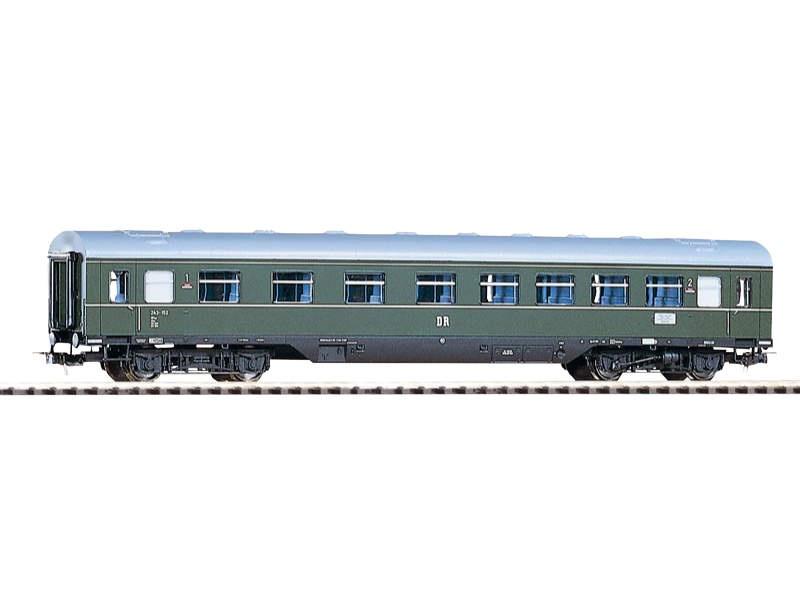 Modernisierungswagen 1/2 Klasse AB4ge der DR,mit Schürze,H0