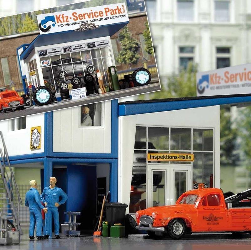 Reifenhandel mit Abschleppwagen, Spur H0