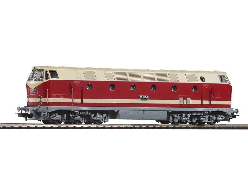 Diesellok BR 119 der DR,Spitzenlicht oben,Epoche IV, Spur H0