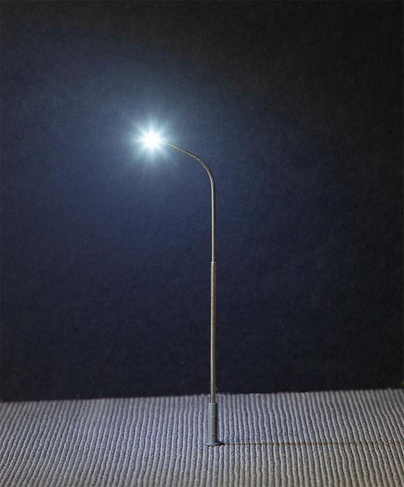 LED-Straßenbeleuchtungen, Peitschenleuchte, 3 Stück, H0