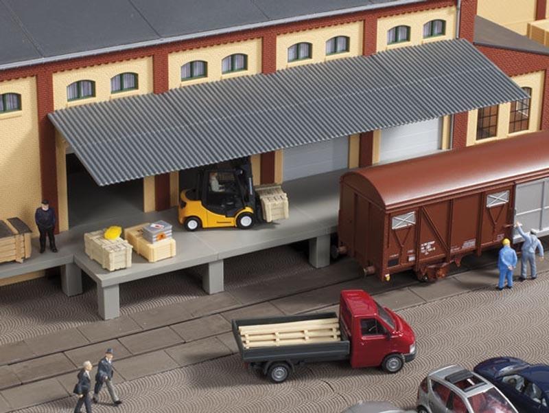 Rampe mit Dach, Bausatz, Spur H0