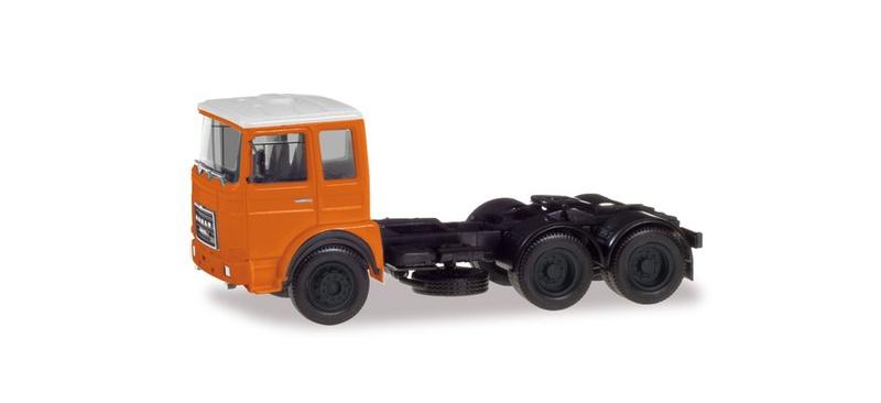Roman Diesel 6x2 Zugmaschine orange, 1:87 / Spur H0