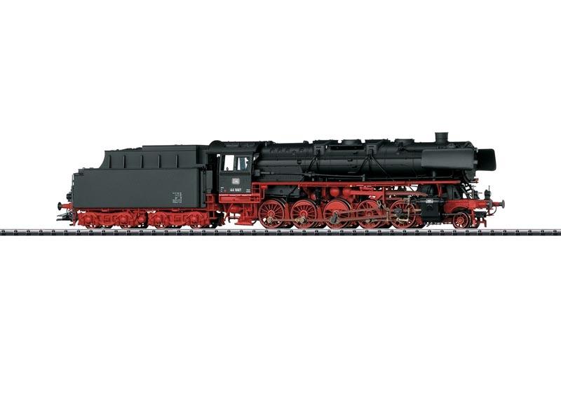 Güterzug-Dampflok BR 44 mit Kohlentender der DB, DC, Spur H0