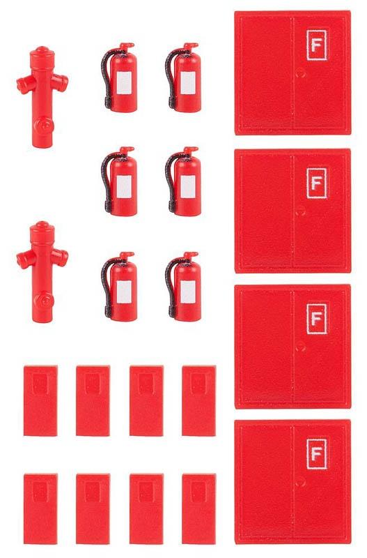 6 Feuerlöscher und 2 Hydranten Bausatz H0