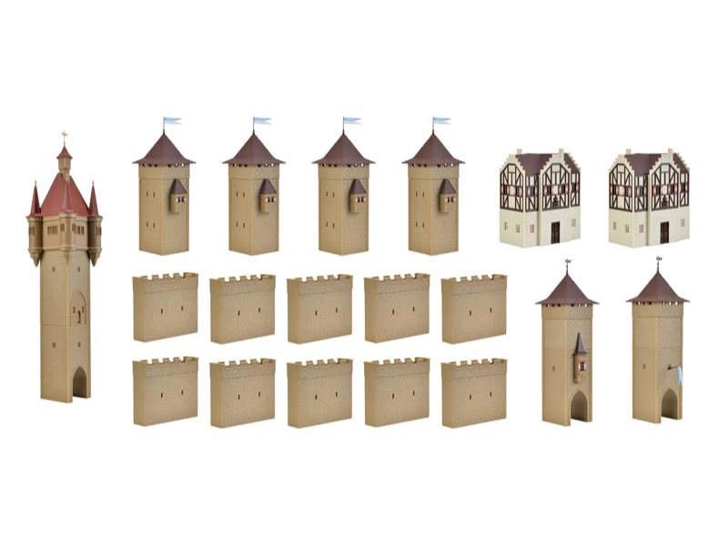 Burg aus dem Mittelalter mit LED-Beleuchtung, Spur H0