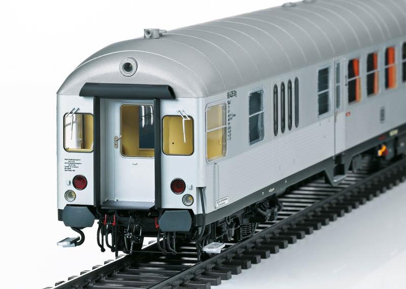 Nahverkehrs-Steuerwagen BD4nf-59 Silberling DB Spur 1