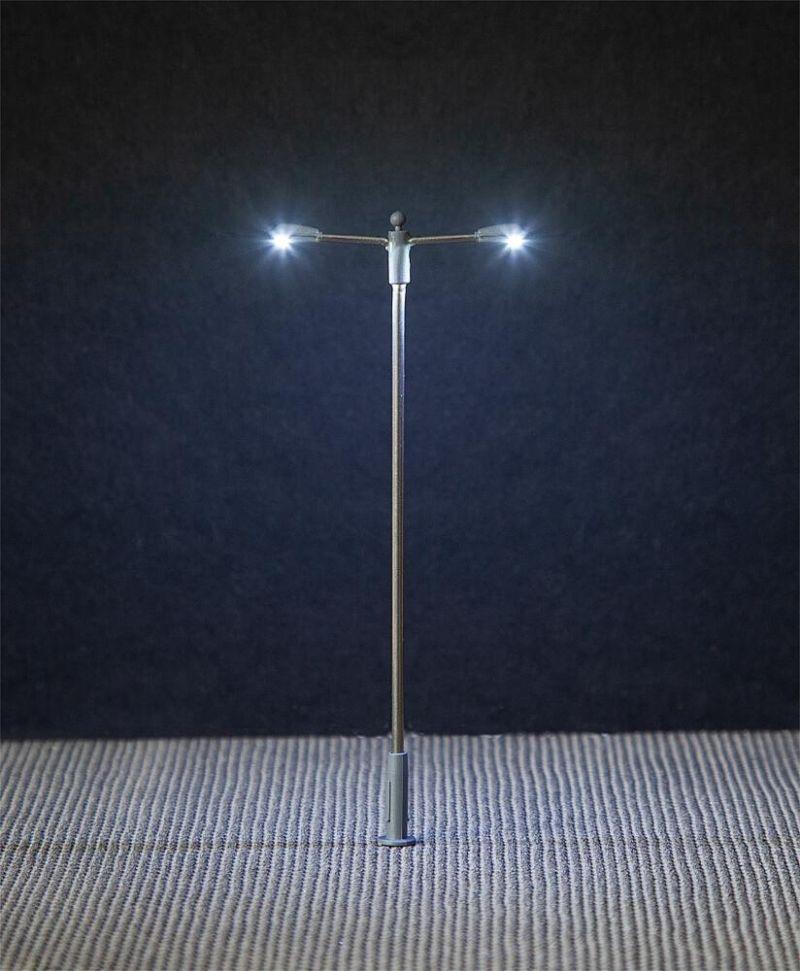 LED-Straßenbeleuchtungen, Ansatzleuchten, 3 Stück, H0