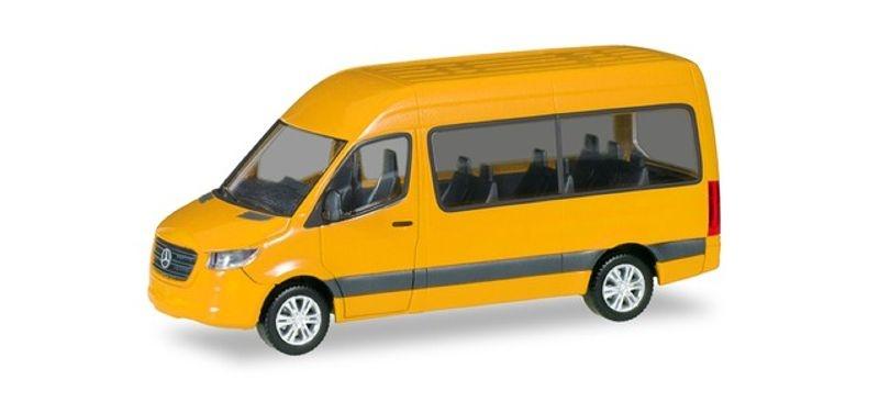 Mercedes-Benz Sprinter `18 Bus Hochdach, verkehrsgelb, 1:87