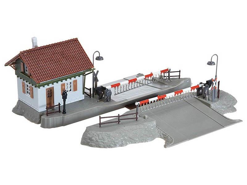 Bahnübergang mit Schrankenwärterhaus Bausatz H0