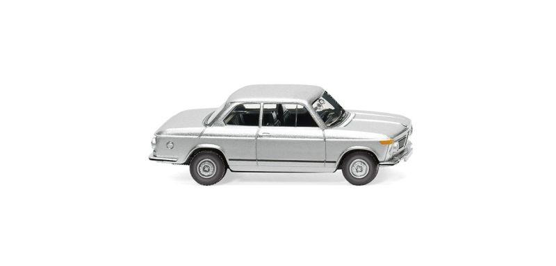 BMW 2002 - silber-metallic 1:87 / H0