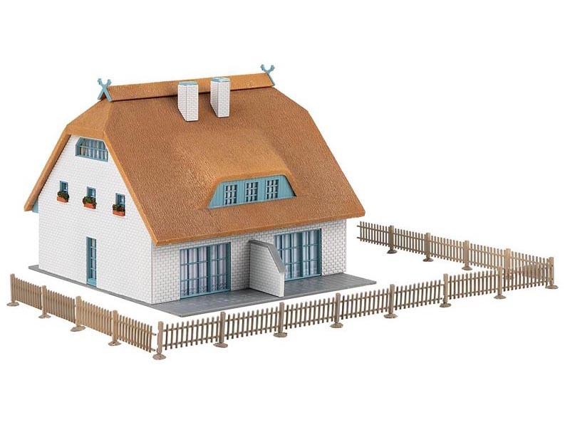 Reetdachhaus Bausatz, Spur H0