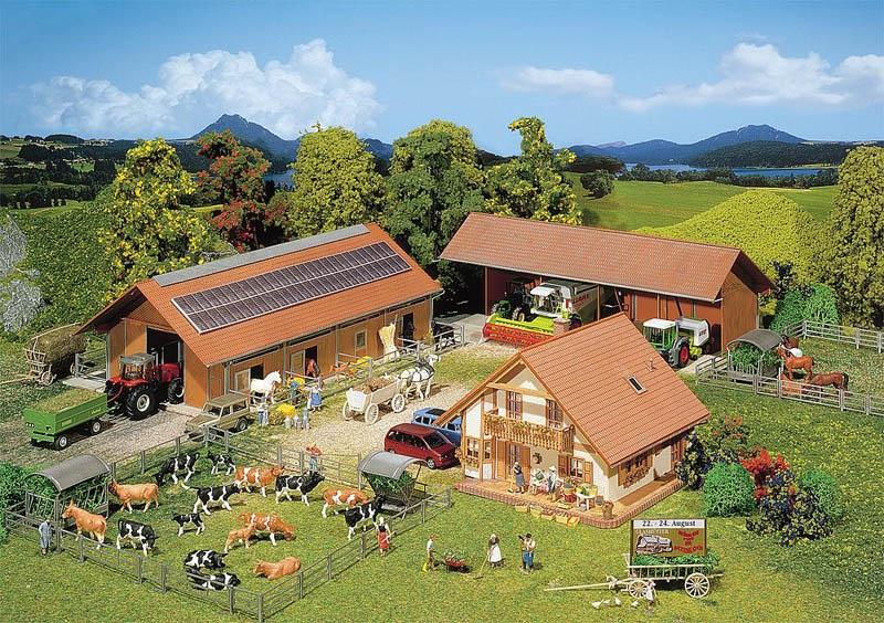 Landwirtschaftlicher Betrieb Bausatz H0