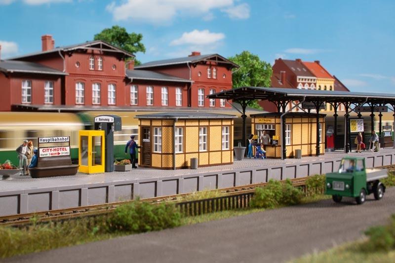 Set Bahnhofsausstattung, Bausatz, Spur H0