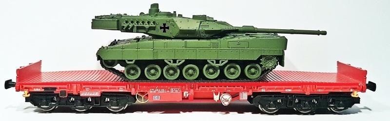Schwerlastwagen Salmms 454, verkehrsrot, DB AG, DC, Spur H0