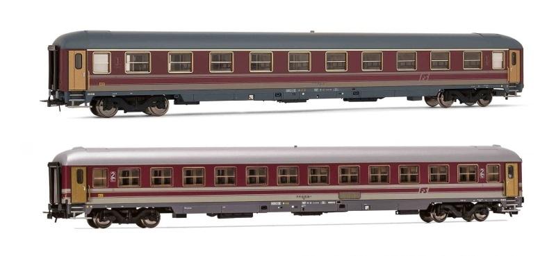 Set 2 Reisezugwagen Typ X der FS, Rot (75 und 79 Typ), DC H0