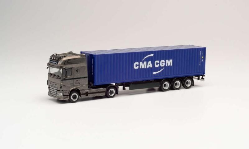 DAF XF SSC Container-Sattelzug Hölzel / CMA/CGM, 1:87 / H0