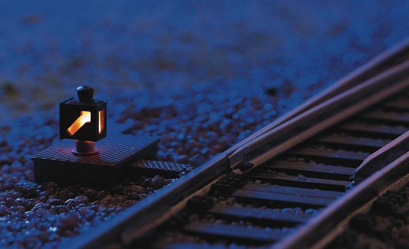 Beleuchtete Weichenlaterne Profi-Gleis H0