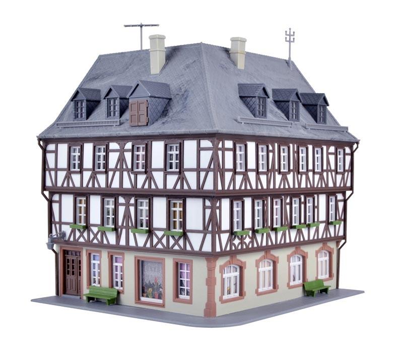 Fachwerk-Eckhaus Miltenberg, Bausatz, Spur H0