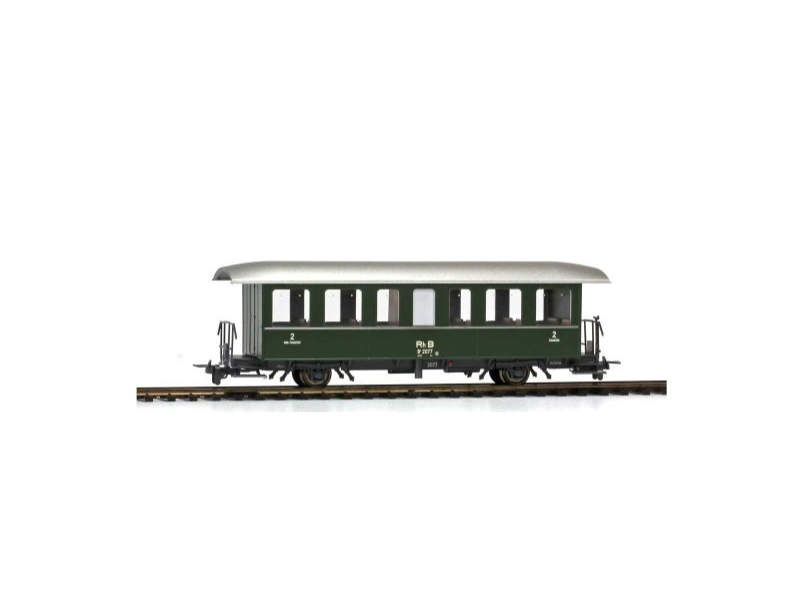 Zweiachs-Personenwagen grün B 2077 der RhB, Spur H0m
