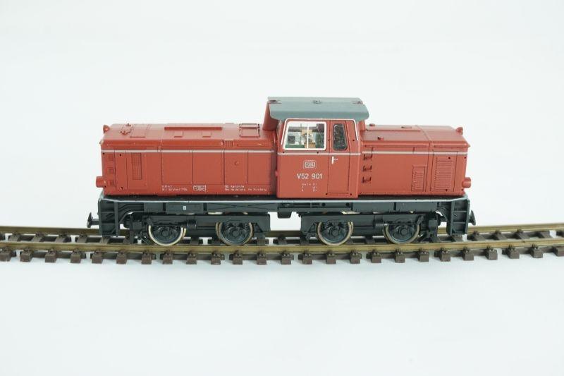 Diesellokomotive V52 901 in altrot der DB, Spur H0m