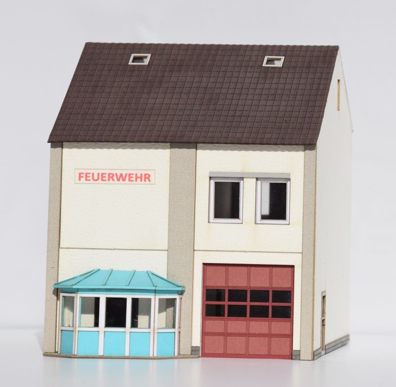 Feuerwehr-Gerätehaus,1-ständig, Spur H0 (Lasercut-Bausatz)
