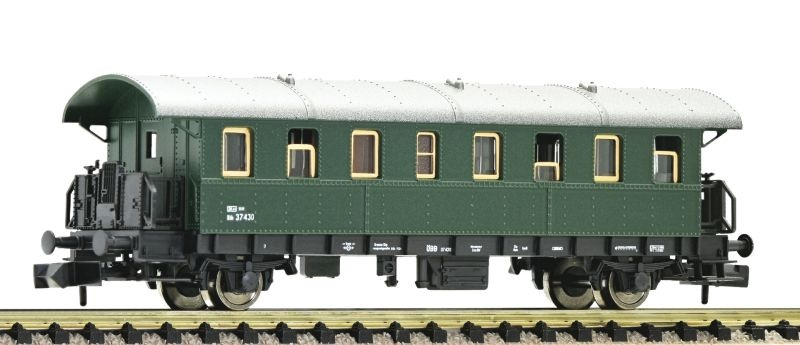 Personenwagen 2. Klasse Bauart Biho der ÖBB, DC, Spur N
