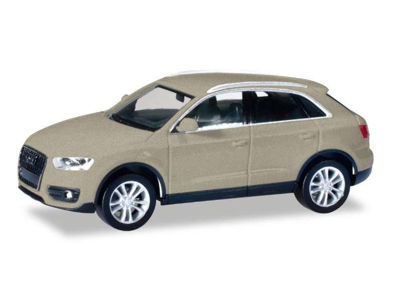 Audi Q3 cuvéesilber metallic, 1:87 / H0