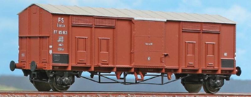 Gedeckter Güterwagen Typ FF 1942 der FS, DC, Spur H0