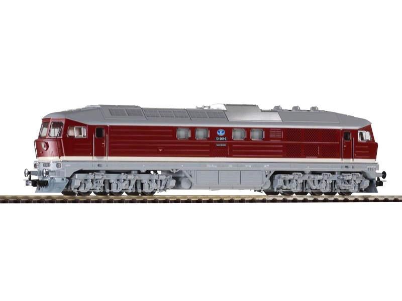 Diesellok BR 131 der DR mit Schneepflug, Epoche IV, Spur H0