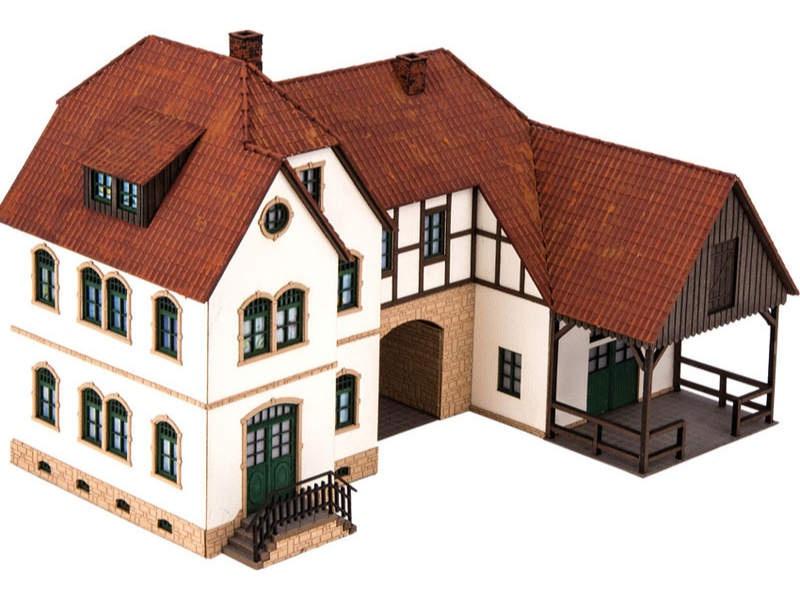 Ferienhof Linder Laser-Cut Bausatz Spur H0