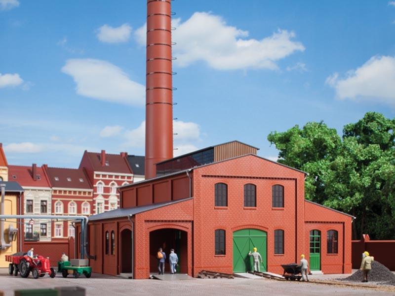 Heizhaus mit Schornstein, Bausatz, Spur H0