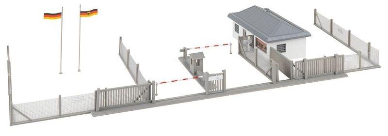 Wachgebäude mit Schlagbaum Bausatz, Spur H0