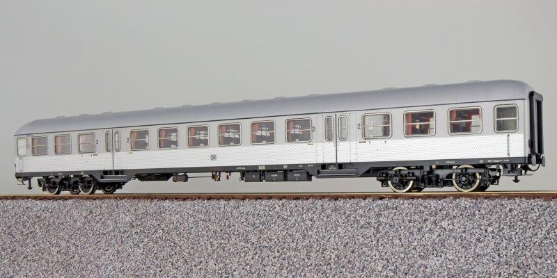 n-Wagen Silberling B4nb-59, 2. Kl., DB, silber, DC, H0