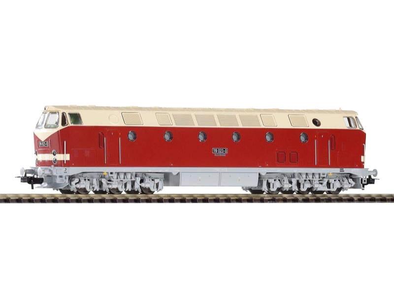 Diesellok BR 119 der DR, Sparlack, Licht oben, Epoche IV, H0
