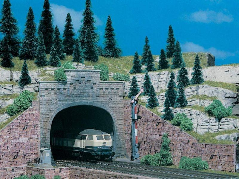 Tunnelportal mit Aufsatz, zweigleisig, 2 Stück, Spur N