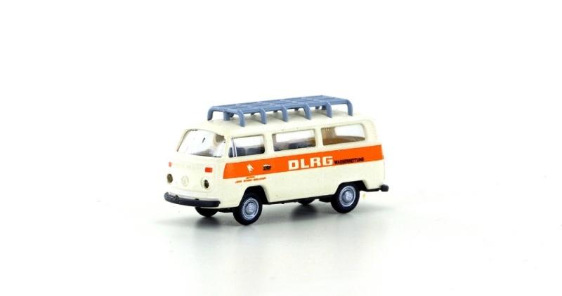 VW Bus T2 Bus mit Dachträger DLRG, Spur N