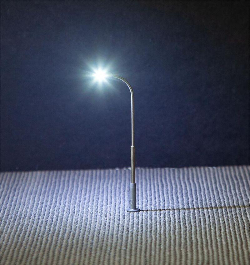 LED-Straßenbeleuchtungen, Peitschenleuchte, 3 Stück, Spur N