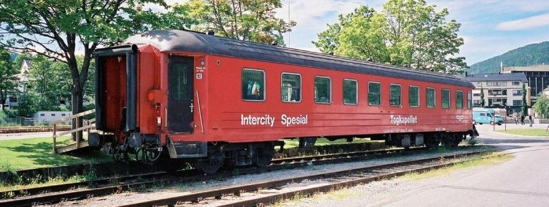 Topline Personenwagen CB2 21226 Zugkapelle der NSB,Spur H0