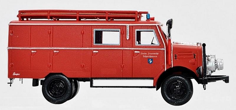 Borgward B 2500 A/D LF 8 Freiwillige Feuerwehr, H0 / 1:87