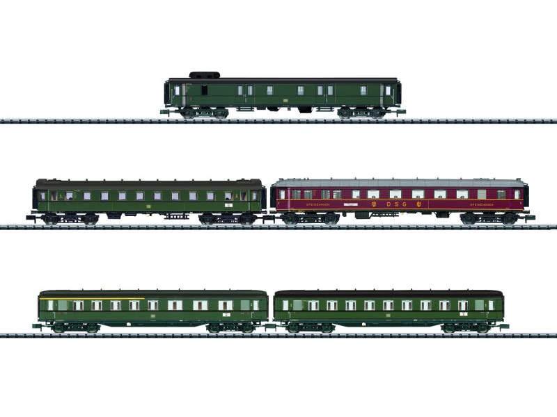 Schnellzug-Wagenset D 182 der DB, Minitrix Spur N
