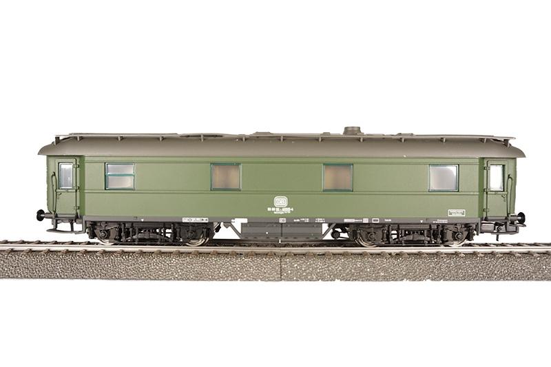 Heizwagen, grün der DB, Epoche lV/V, DC, Spur H0