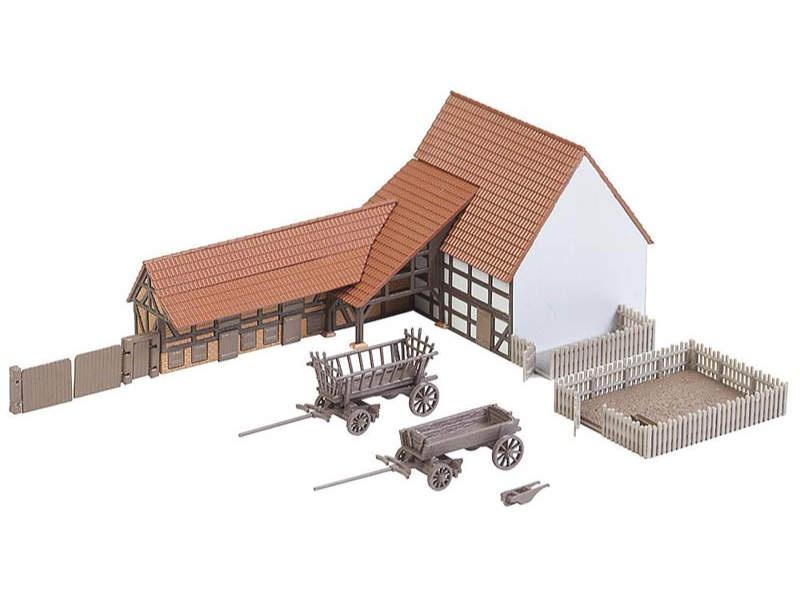 Landwirtschaftliches Gebäude mit Zubehör N