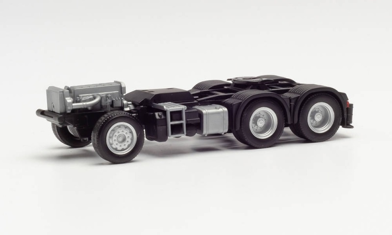 Fahrgestell Mercedes-Benz 6x4, 1:87