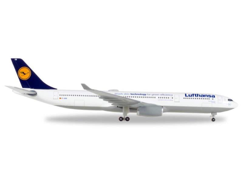 Lufthansa Airbus A330-300 1:500