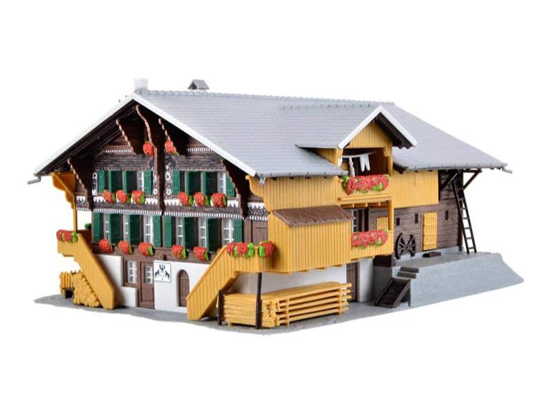 Simmentaler Bauernhof, Bausatz, Spur H0
