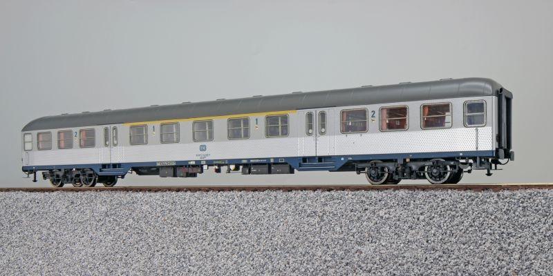 n-Wagen, ABnrzb 704, 1./2. Kl, DB, Ep. IV, silber, DC, H0